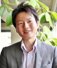 JELLYFISH留学事業部 古谷功介