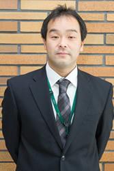 入社して20年、商品部や店舗開発、店長などを歴任。5年前から人事部に配属。現在はグループマネジャーを務め人事制度改革に携わる松井氏。