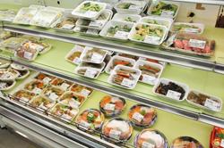 ロス率が驚くほど低い惣菜。看板商品の「秋保おはぎ」は、この日も一部売り切れていた