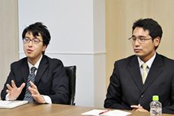 ブックオフの清川氏(左)と大野氏
