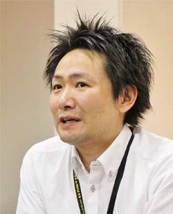 「MEGAドン・キホーテ 東久留米店」で、ライジングクルー導入後の現場も見てきた小長井氏